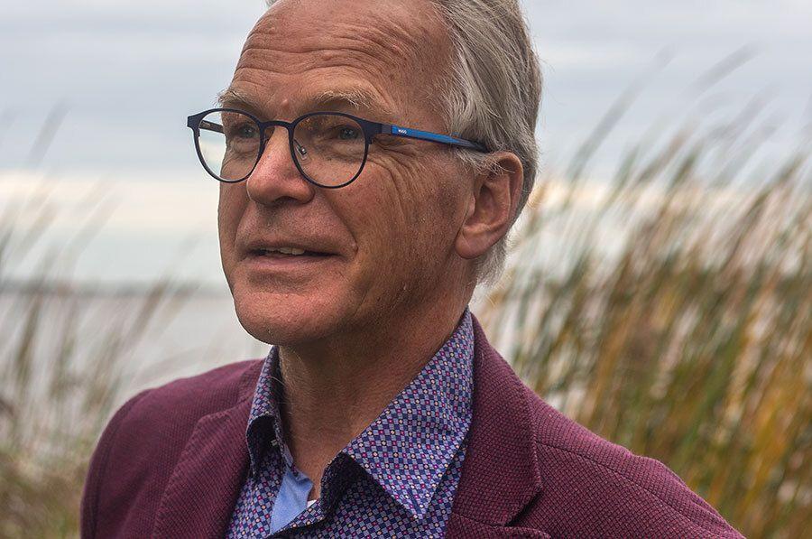 Evert van der Veen, spreker voor Könst & Dunweg Uitvaartzorg